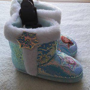 Frozen II Girls slip on booties, size 9-10